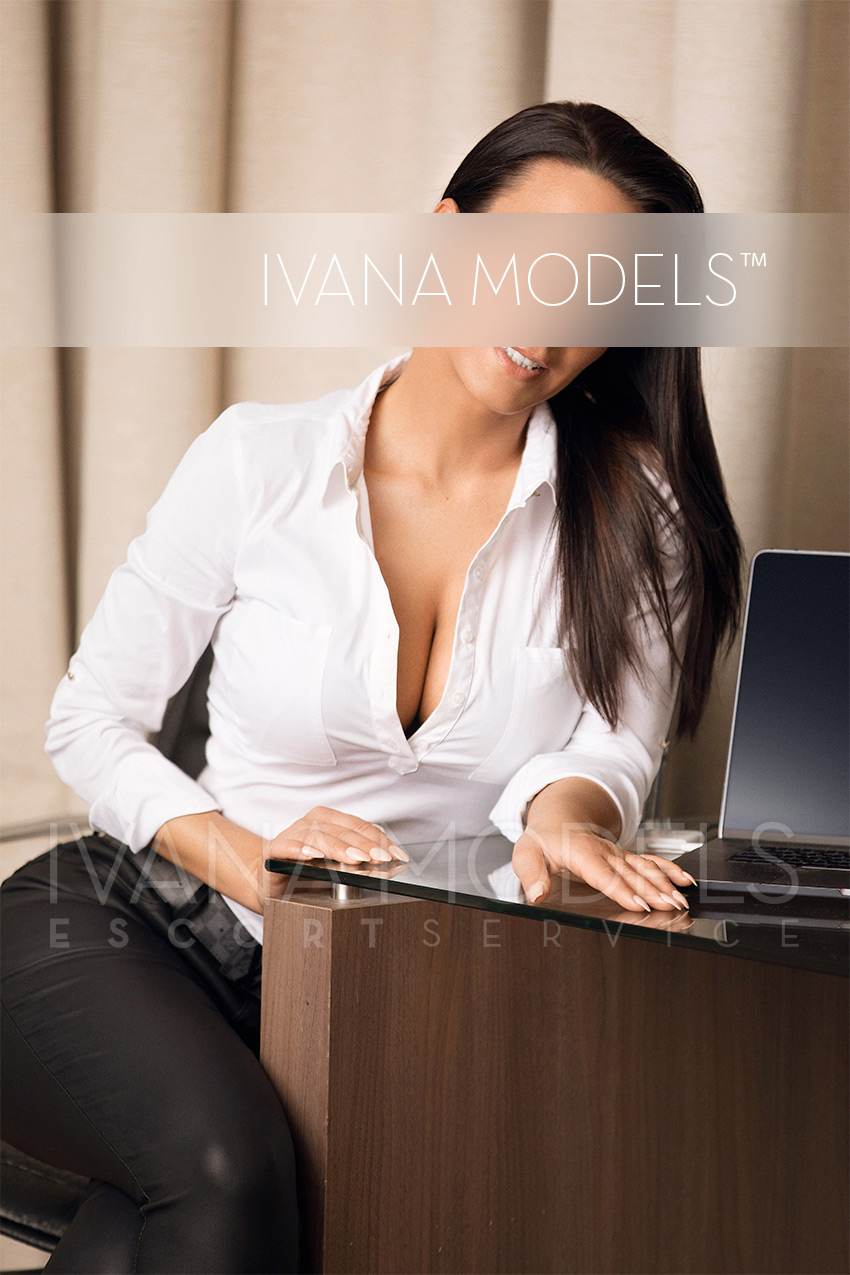 High Class Escort Model Düsseldorf - Anna