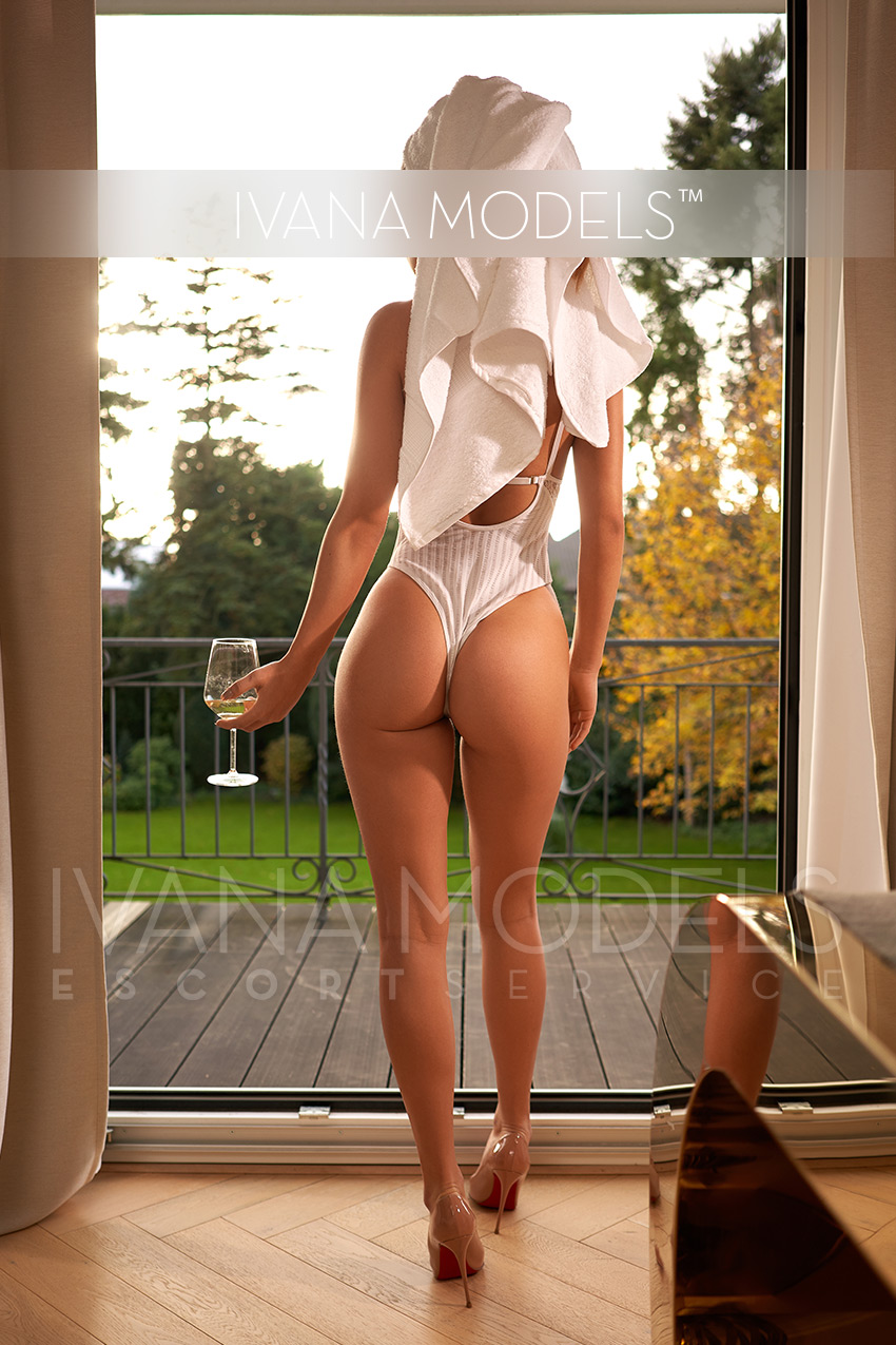 Girlfriend Experience mit Ivana Escort Berlin - Clara