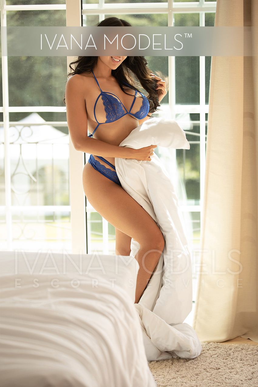 High Class Escort Model Frankfurt - Kim